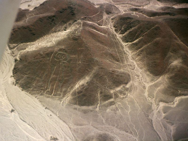 799px-Nazca-lineas-astronauta-c01