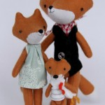 Fox family by Manomine
