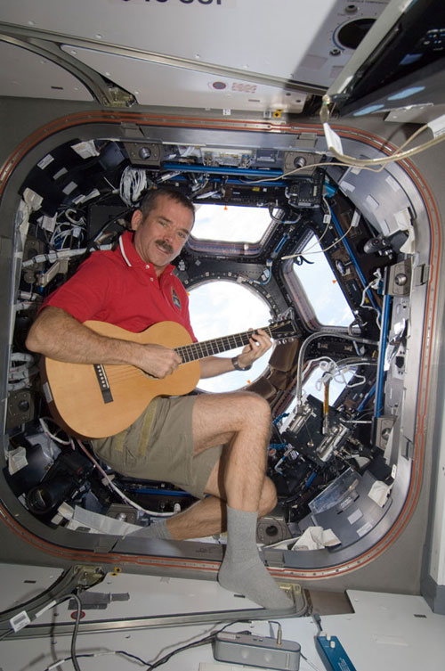 Hadfield_guitar_625
