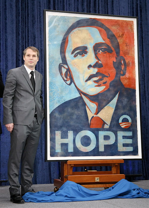 shepard-fairey-obama-poster