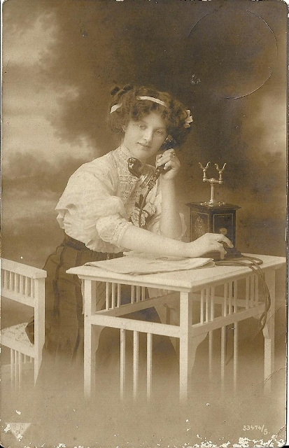 1912 French telephoniste