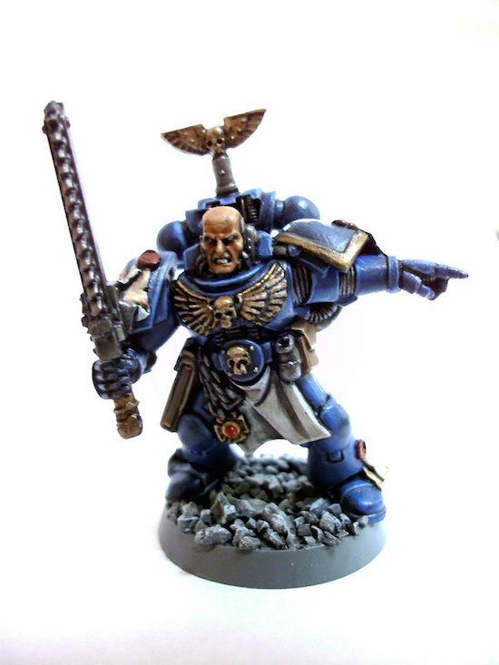 WARHAMMER Space Marines Sergeant mini
