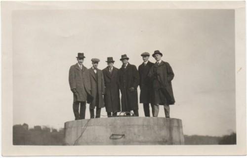 1920s manhole
