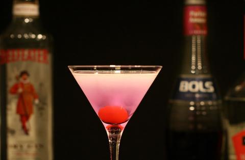 parfait-amour-cocktail.thumbnail
