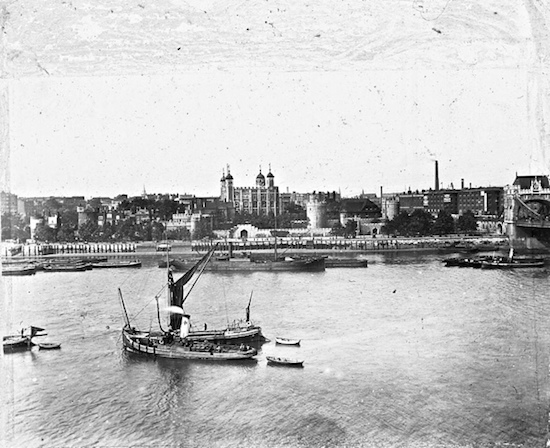 thames tower of london 1910